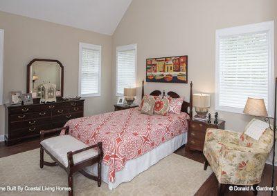 923-Master_Bedroom-a